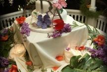 Barefoot Island Style Weddings / island weddings, tropical destination weddings, tropical wedding decorations, tropical wedding cakes, island events