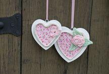 Alles zum Valentinstag / Hier findest Du einzigartige Produkte  - handgemacht - und auch DIY-Materialien von Verkäufern der Gruppe Dawanda Likes Deutschland rund um den Valentinstag