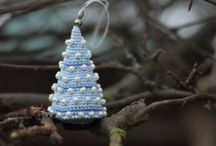 CROCHET-HOLIDAYS / All Holiday decorations to crochet. / by Susan Bertucci