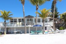 Beachfront Properties / Direct Beachfront Vacation Homes on the Sand