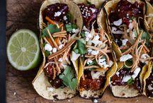 Food // Tacos / by Alexandra Sheppard