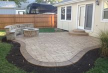 Patio/landscaping / by Heather Kropp
