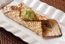 Pesach / Passover menus, recipes and decorating ideas / by Kalandra Taylor