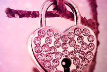 Wallpapers iPhone / Pink heart love