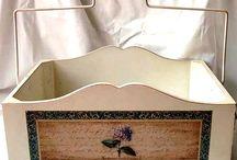 skrzynki pudełka pojemniki