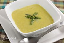 Soup recipes / by Sandra Amorim Dew