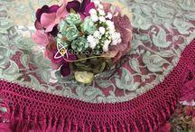 FLORES DE FLAMENCA / Creamos tu flor de flamenca en una gran gama de tonalidades y más de 100 especies de flores de una belleza increíble. Ven a visitarnos a: C/ José Gestoso 17