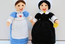 WW1 Red Cross Nurse & Florence Nightingale / Original knitting pattern from - http://edithgrace.blogspot.co.uk/