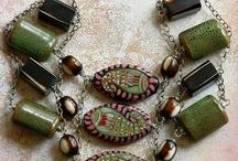 Jewellery and trinkets