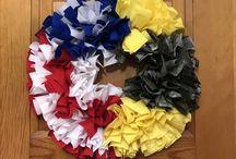 Prince Ruffle Wreaths