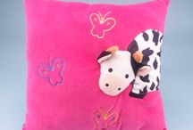 Zoo Soft Toys / Zoo Soft Toys are the perfect items for animal sanctuaries and wildlife based businesses. Buy wholesale products for your gift shops here!
