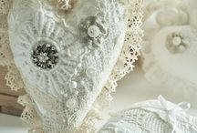 Just love PeArls aNd laCe / by Marilyn Green