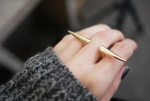 accessories / by Elizabeth Casillas