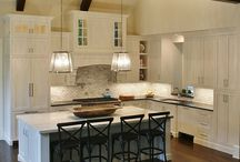 White Shaker Kitchen / White Shaker Cabinets. Custom Kitchen by Campbell Cabinetry.