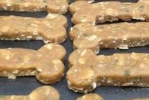 Healthy & Delicious Dog & Cat Treats / We are animal lovers!! Healthy treats for our fur balls ❤️