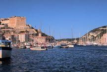 Bonifacio / Bonifacio, the small southest city of Corsica.