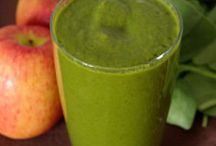 Green Smoothies / by Tracy Reed