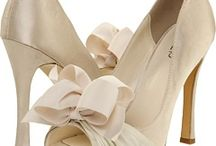 Wedding Shoes / Brides and grooms should never go without a nice pair of shoes to complete their wedding day outfits.