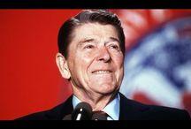 Elizabeth Warren Destroys Reaganomics In 1 Minute