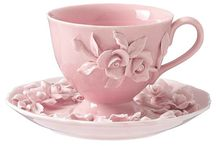 Tea cups / by Sue Ballard
