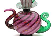 awsome teapots cups and saucers