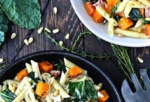 Thanksgiving Pasta Recipes / Whether you need a side dish or main dish for the holidays, look no further. Dreamfields pasta brings everyone to the table - kids and adults alike will love these flavorful healthy recipes!