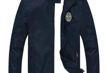 Jaket Bola Terbaru / Jual jaket bola model terbaru. Order di 081 392 716 388 (sms/WA). Invite PIN 73D082DA. Koleksi lenkap merchandise sepak bola di www.GriyaBola.com
