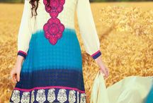 Pakistani Salwar Kameez / Pakistani Salwar Kameez with thread embroidery