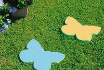 """ARREDO GIARDINO E ACCESSORI / Arreda con classe il tuo giardino Con la """"bella stagione"""" è arrivato il tempo di riscoprire le giornate all'aria aperta.  Lasciati circondare dalla natura in fiore e dal relax di un vasto prato verde, arredato dalla tua fantasia."""