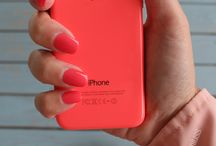 APPLE iPhone 5C In Neon Pink.