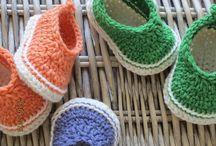 crochet babyshoe