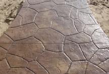 Hormigon impreso / El pavimento de hormigon impreso vertical y horizontal es uno de los mas hermoso pavimento de el mundo. Esto modalidad decorativa es elegante y de gran estilo. Con su gracia, el hormigon impreos es uno de los mas gracioso pavimento de el mundo.