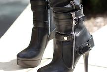 Shoes! Shoes! Shoes! / Shoe lover