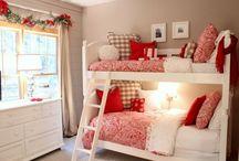red white decor