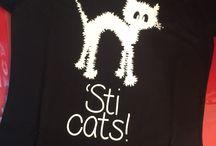 Grafiche su T-shirt / T-shirt personalizzate da GRAFICA d'ASPORTO con Grafiche innovative, divertenti, artistiche...