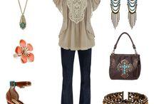I would totally wear / by Nancy Ebben
