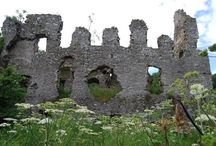 Ruined Castles in Scotland / by Kate Worth