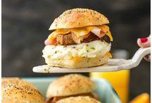 Sanduíches Para O Café Da Manhã