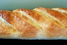 Baking / by Lotte Pietrowski