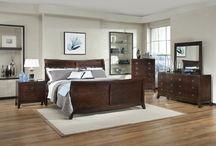Bed sets / by Kathrine Morse Shutte
