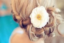 Bridal Hairstyles / Check out our favourite bridal hairstyles for your destination wedding.