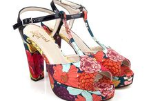 Flower power shoes, let's embrace spring with style & ethics! / After a long winter, the sun is finally out. Let flowers blossom in your wardrobe and celebrate nature with ethical shoes!