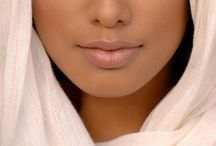 Beautylishius - make up, nails, shoes, accesories & hair / by Gurri Ayubi