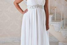 Wedding Dresses / by Brianne Hampton