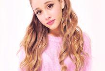 Ariana Grande / She's amazing