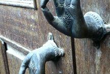 Двери,ручки,замки,ключи