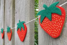 Sewing Strawberries / Strawberry Summer themed sewing craft projects