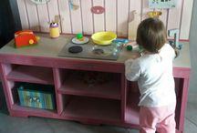 i miei lavori / cucina realizzata da me per la mia nipotina .....lavoro impegnativo ma divertente !!