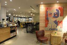 Bijenkorf metro café / In de Bijenkorf Rotterdam is het Metro Café geopend, een geheel nieuw horecaconcept dat ook een take away functie heeft.   Samen met het licht lab hebben wij meegewerkt aan deze prachtige uitstraling! (www.hetlichtlab.nl)