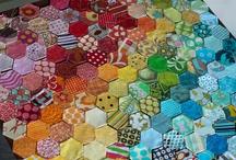 Happy Quilts! / by Robyn Piotrowski